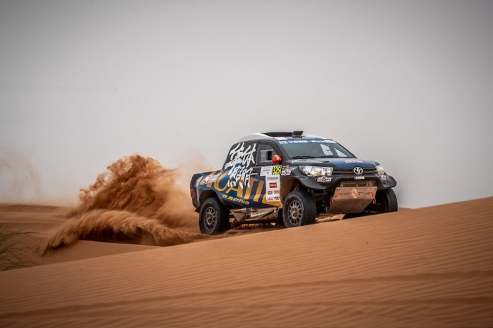 325 LIANG Yuxiang (CHN), HONGTAO Kou (CHN), Overdrive Racing, Toyota Hilux Overdrive, auto, action  during Rally of Morocco 2018, Stage 2, Erfoud to Erfoud, october 6 - Photo Frederic Le Floc'h / DPPI